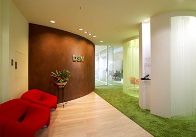 外資系企業のオフィスデザインイメージ
