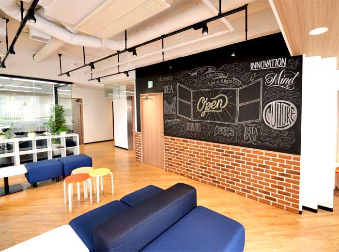 オフィスの印象を大きく左右する床デザイン例6選