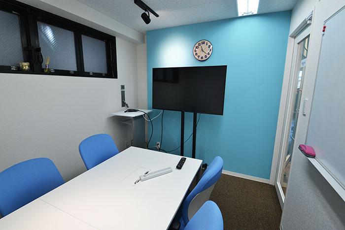 明るく親しみやすいコワーキング・オフィスデザイン
