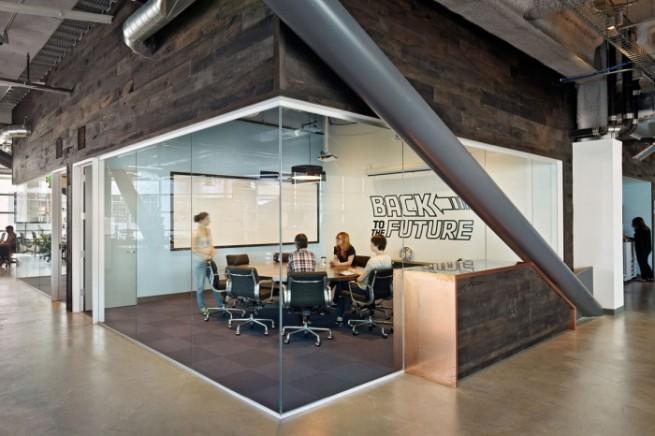 会議室内装に役立つ豆知識とデザイン事例6選