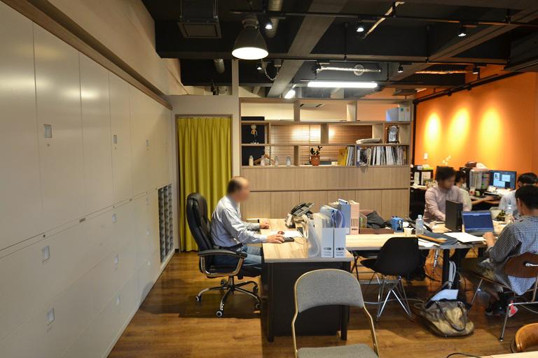 """会社の""""コミュニケーションハブスポット""""となるような居心地の良いオフィス"""