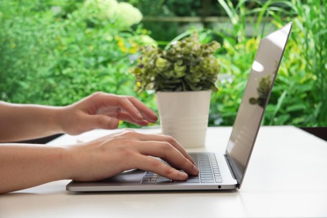 社員が健康になるオフィスデザインの要点と、おすすめアイテム5選