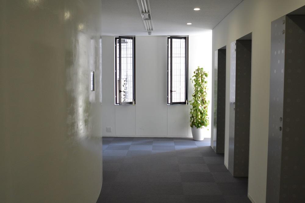 おしゃれなロックビレイビルに作ったオープンなオフィスデザイン事例