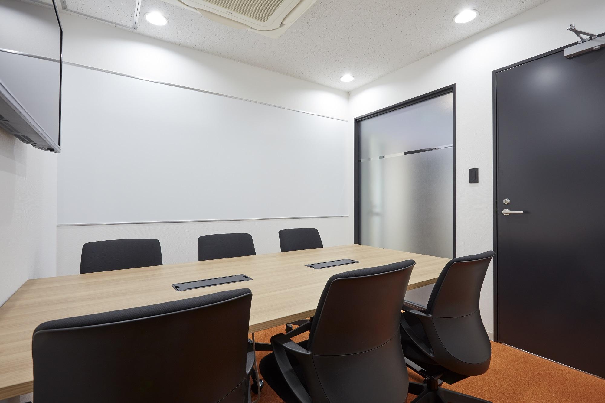 レイアウトが肝!スペース効率を追求したオフィスデザイン事例
