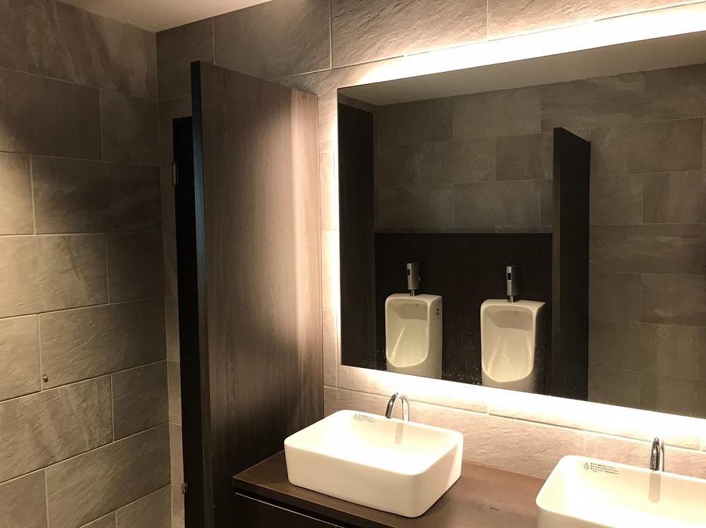 オフィストイレの賢いリフォーム方法とおしゃれなデザイン事例6選