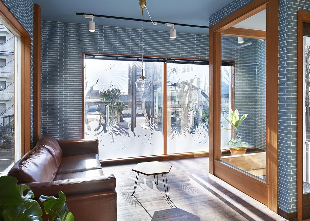 アメリカ西海岸のビーチハウスをイメージしたオフィスデザイン事例