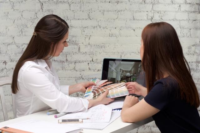 【オフィスデザインのコストカット術】新しいオフィス家具の賢い選び方