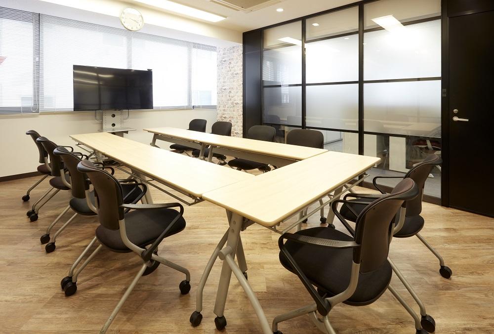 オシャレで機能的!自然と生産性がアップするオフィスデザイン事例